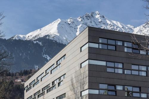 Austria Trend Hotel Congress Innsbruck im Winter