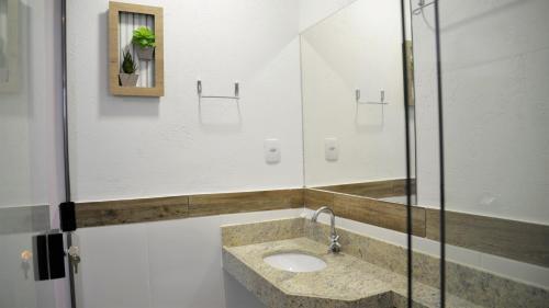A bathroom at Espaço Costa Verde