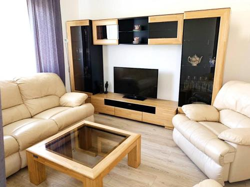 A seating area at LUXE BUNGALOW,20min PRAGUE CITY CENTR,5min airport