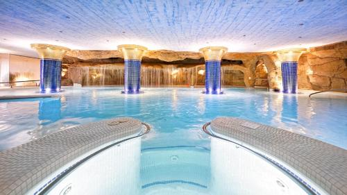 The swimming pool at or near BULL Eugenia Victoria & SPA