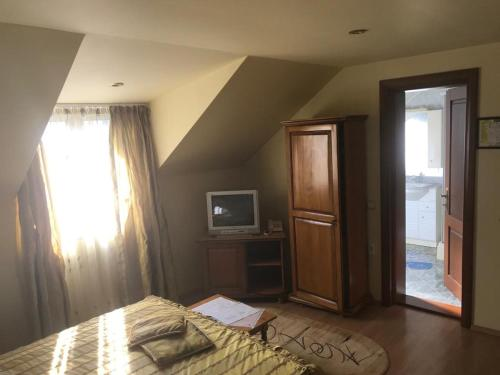 Hotel Cosmos Campulung Moldovenesc, Romania