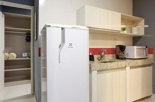 A cozinha ou cozinha compacta de Portofino Hotel Prime
