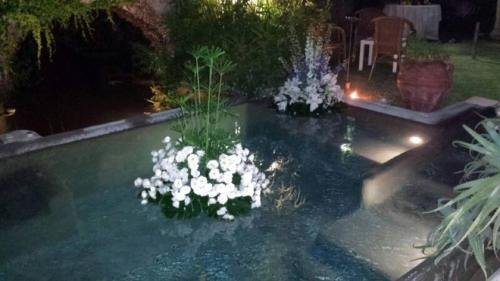 A view of the pool at Villa Avenia or nearby