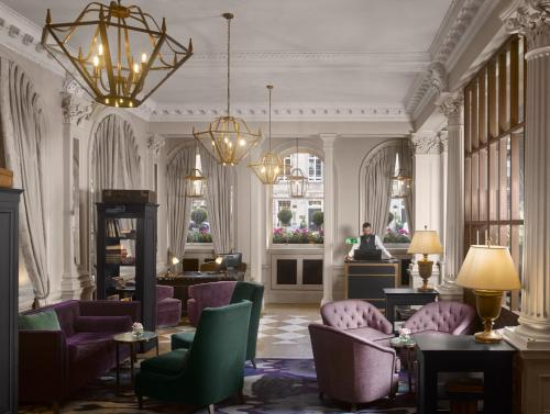 A restaurant or other place to eat at InterContinental Hotels - Edinburgh The George, an IHG Hotel