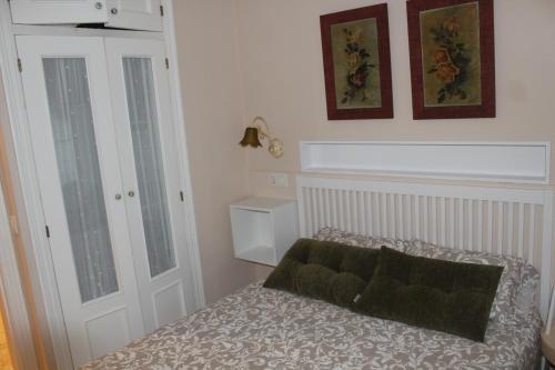Cama o camas de una habitación en Calle Olavarrieta 16 bajo