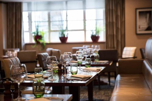 A restaurant or other place to eat at Amba Hotel Marble Arch