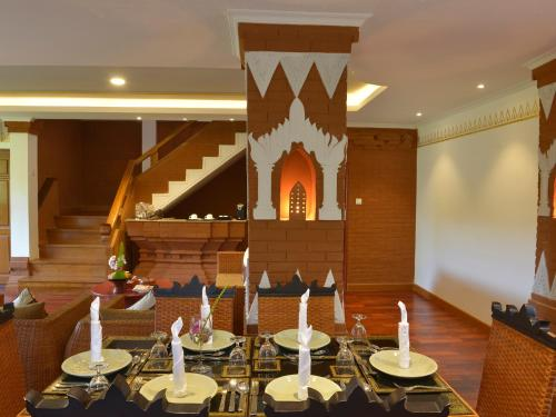 A restaurant or other place to eat at Ananta Bagan