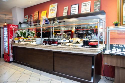 A restaurant or other place to eat at Bristol Upper Residence Hotel