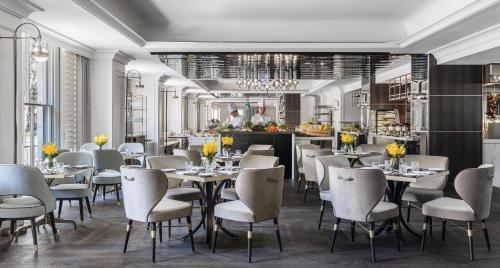 A restaurant or other place to eat at The Langham Sydney