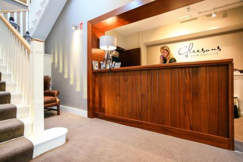 The lobby or reception area at Gleesons Townhouse Booterstown