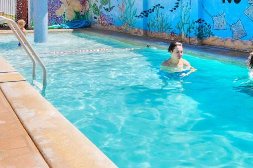 The swimming pool at or near BIG4 Toowoomba Garden City Holiday Park