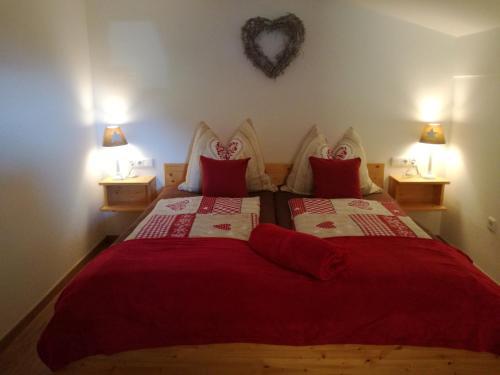 Ein Bett oder Betten in einem Zimmer der Unterkunft Appartement Pöll Kathrin