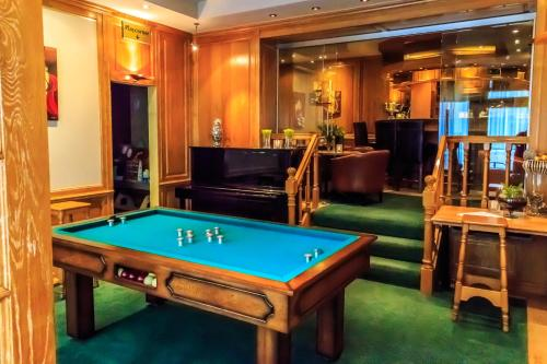 A pool table at Hotel Pacific
