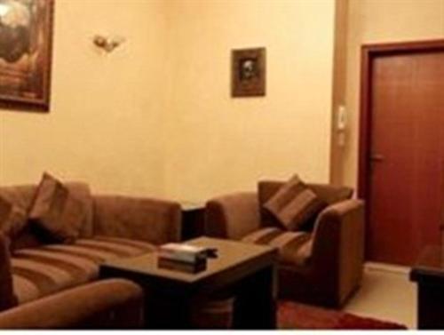 Uma área de estar em Al Baron Palace Khobar