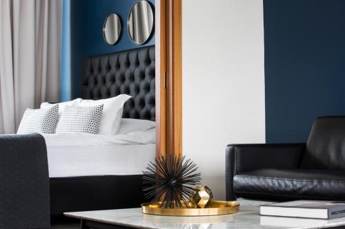 Кровать или кровати в номере Room With a View Hotel