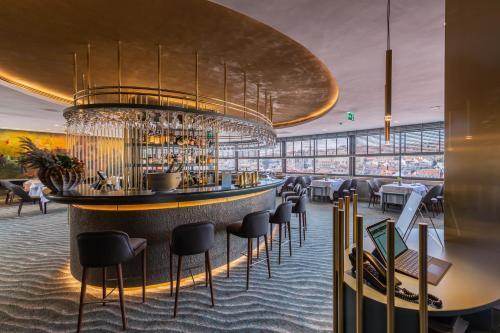 El salón o zona de bar de Hotel Mundial