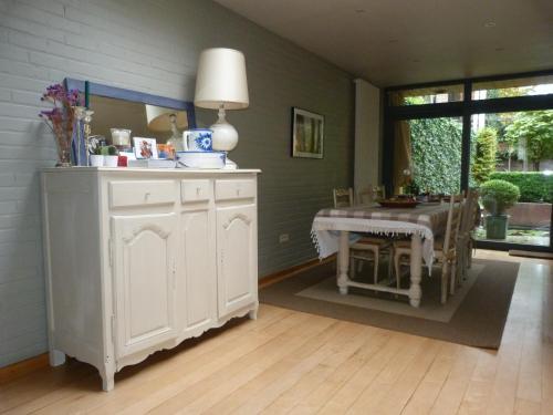 Een keuken of kitchenette bij B&B Sparrow's Nest