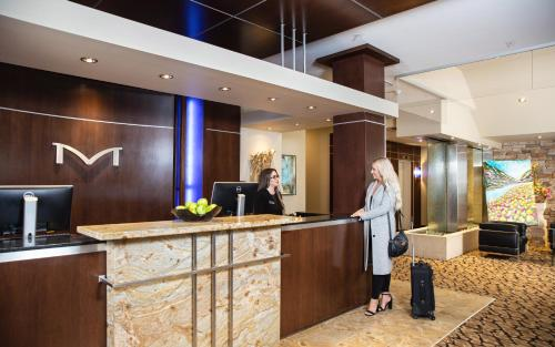 The lobby or reception area at Metterra Hotel on Whyte