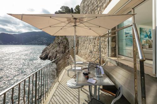 A balcony or terrace at Hotel Cap Estel