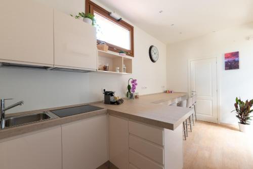 Cucina o angolo cottura di FLOREST Guest House