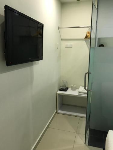 A bathroom at GOODY HOTEL