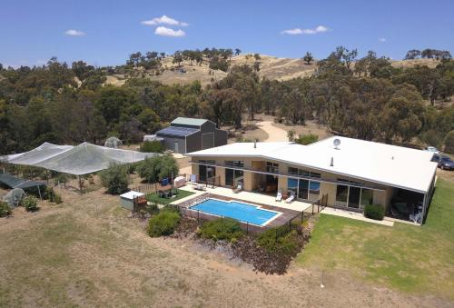 A bird's-eye view of The Chocolate Lily Bed & Breakfast