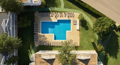 Widok na basen w obiekcie Duvabitat Apartments lub jego pobliżu