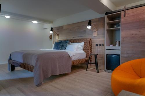 Letto o letti in una camera di hezelhof hotel & Luis