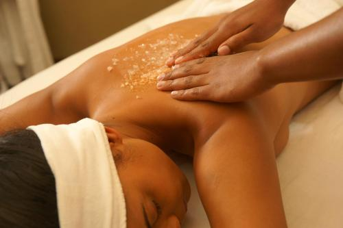 Spa and/or other wellness facilities at Intercontinental Johannesburg Sandton Towers, an IHG Hotel