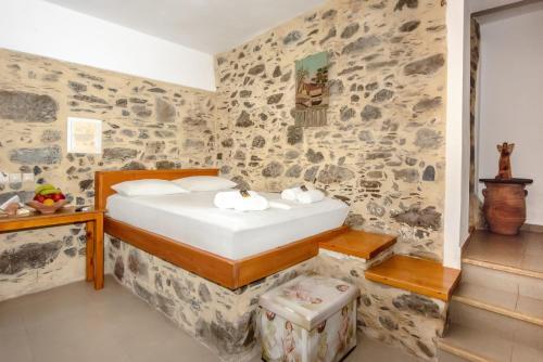 A bathroom at Fairytale Elafonisi