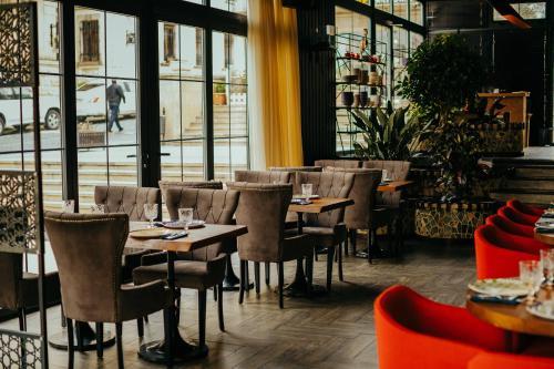 Um restaurante ou outro lugar para comer em Kasamasa Hotel