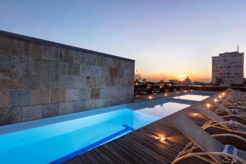 A piscina localizada em Hilton Mexico City Reforma ou nos arredores