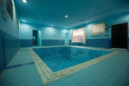 A piscina localizada em Shams Alshate ou nos arredores