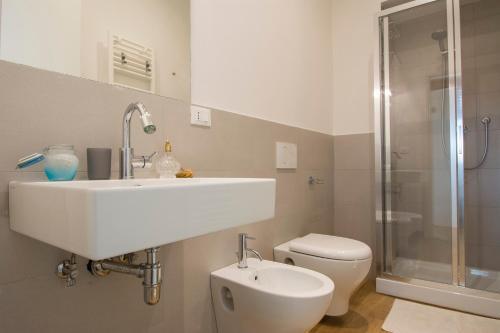 A bathroom at B&B Querceto