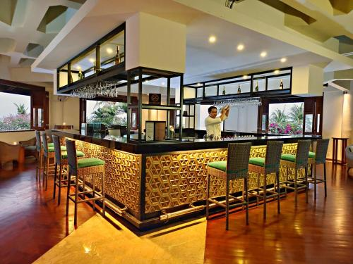 The lounge or bar area at Grand Mirage Resort & Thalasso Bali