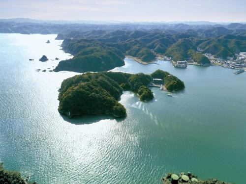 A bird's-eye view of Kumano-bettei Nakanoshima