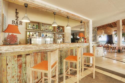 Salon ou bar de l'établissement Cocotiers Hotel – Mauritius
