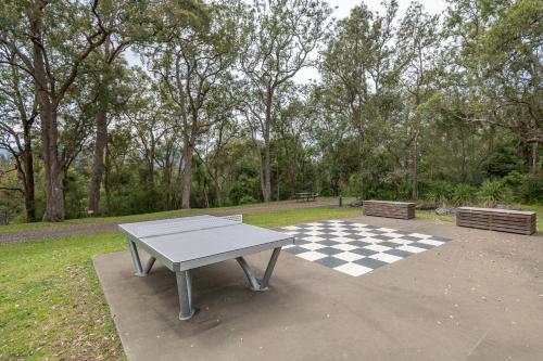 Ping-pong facilities at Holiday Haven Kangaroo Valley or nearby