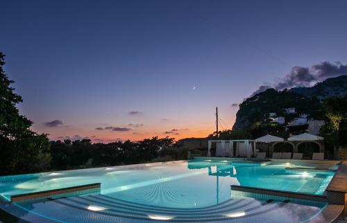 The swimming pool at or near Hotel Mamela