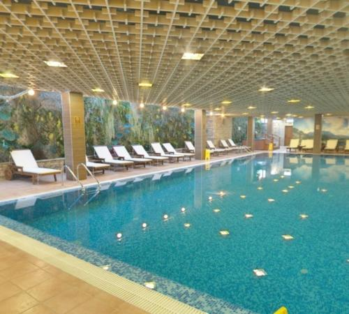 The swimming pool at or near Platinum Hotel and Casino Bansko