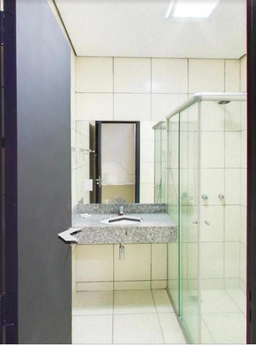 A bathroom at Maktub Hotel