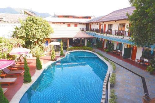 Het zwembad bij of vlak bij Medio De Pai