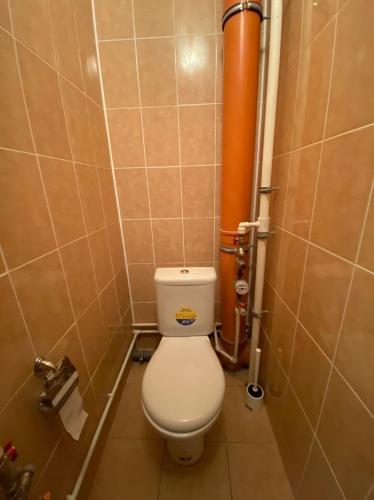 Ванная комната в Apartment on Kollontay 5k1