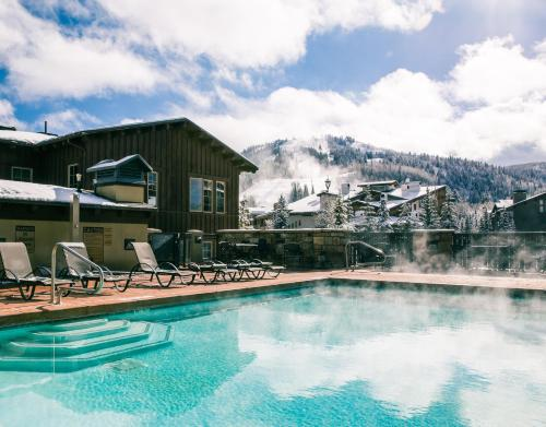 The swimming pool at or near The Chateaux Deer Valley