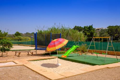 Parc infantil de Castell des Paradís