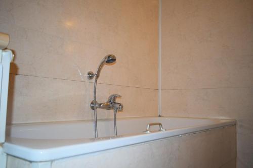 A bathroom at Hotel Professor