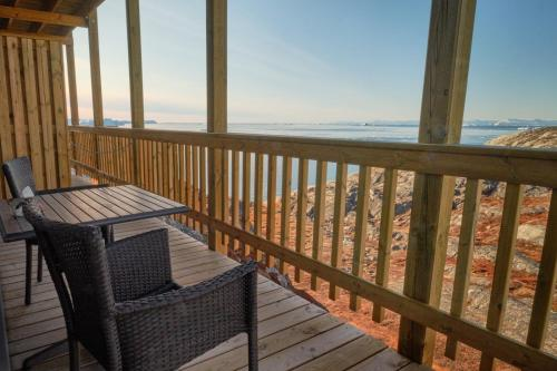 A balcony or terrace at Icefiord Apartments