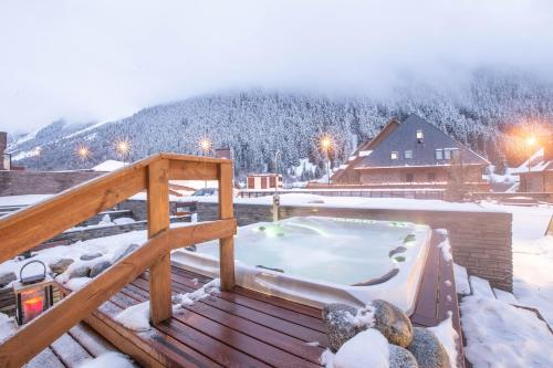 Hotel MiM Baqueira during the winter