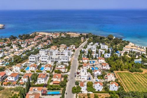 A bird's-eye view of Crystal Sea Villa