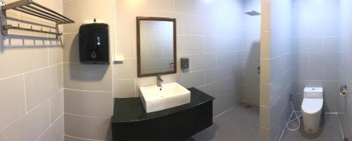A bathroom at Friends Gay House - hotel, club, sauna